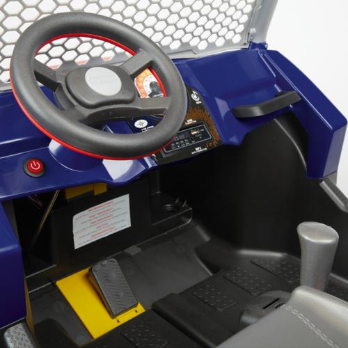 IGOD0554_Polaris RZR 900 XP_desk